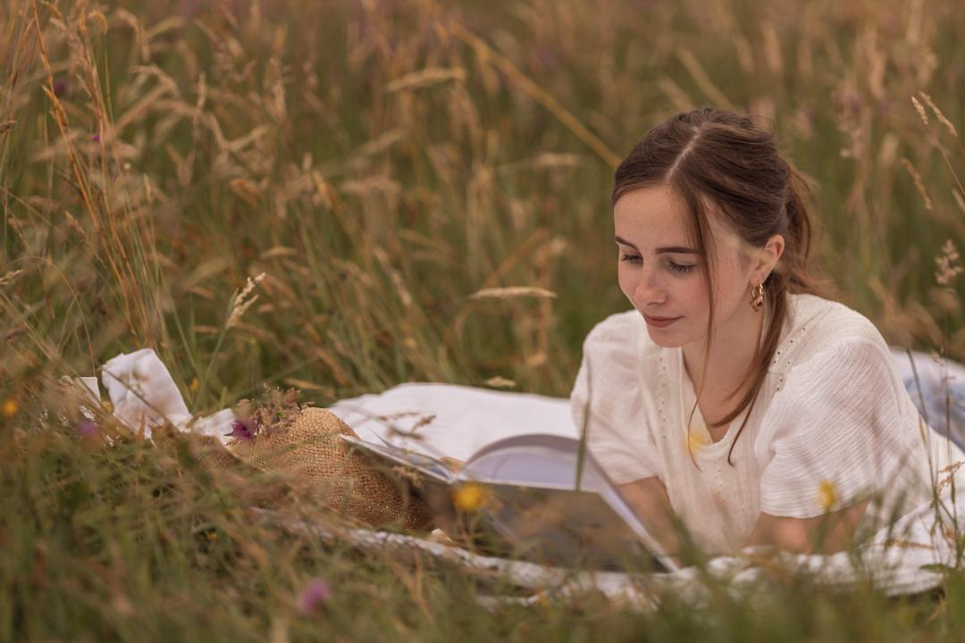 Tiener portretfotograaf in Amersfoort. Tienerportret door Mayra Fotografie. Romantisch portret