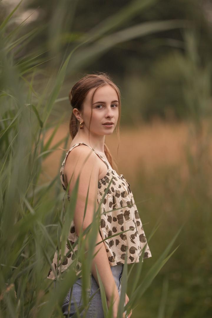 Tiener portretfotograaf in Amersfoort. Tienerportret door Mayra Fotografie