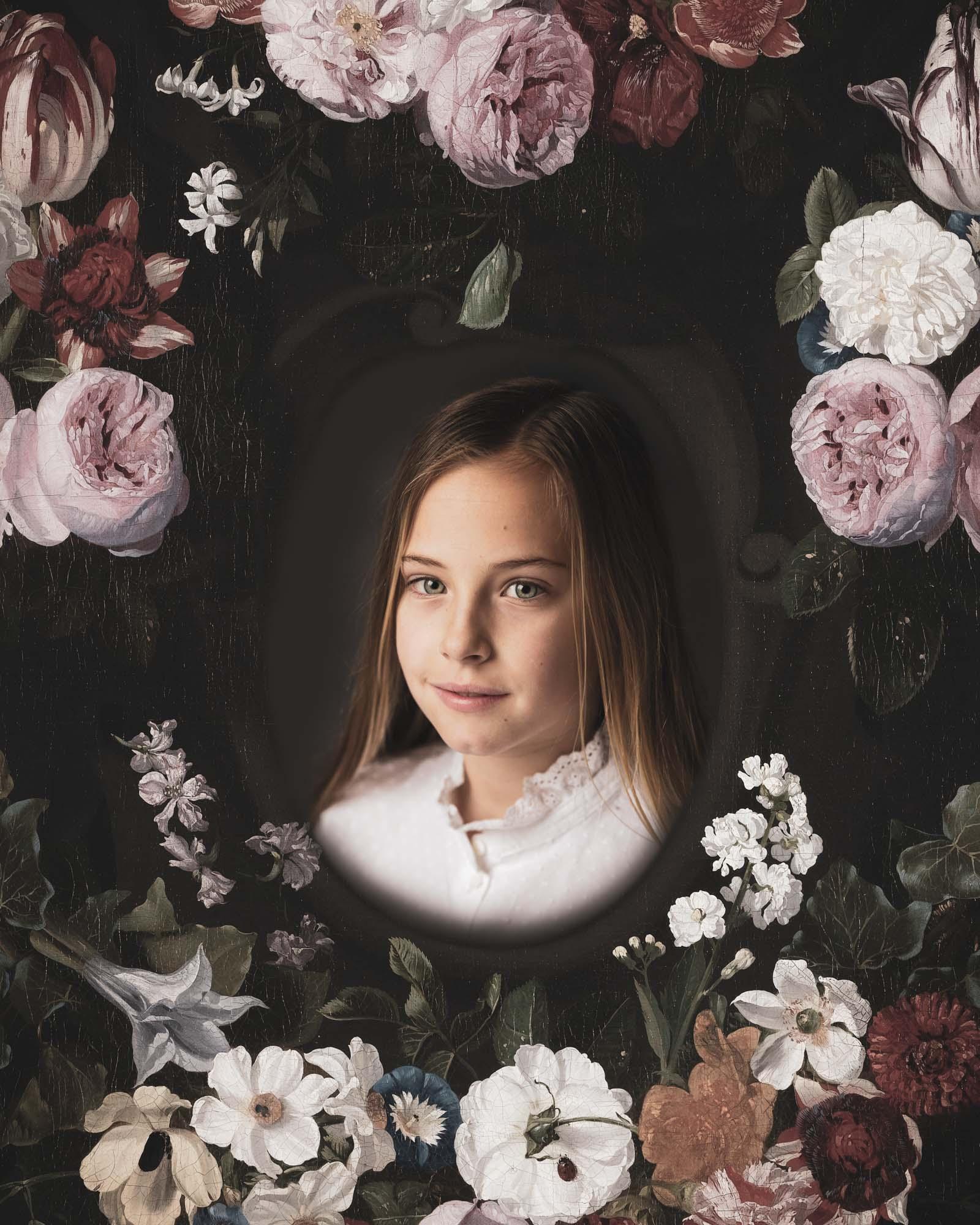 fineart portret van meisje in bloemen lijst door mayrafotografie