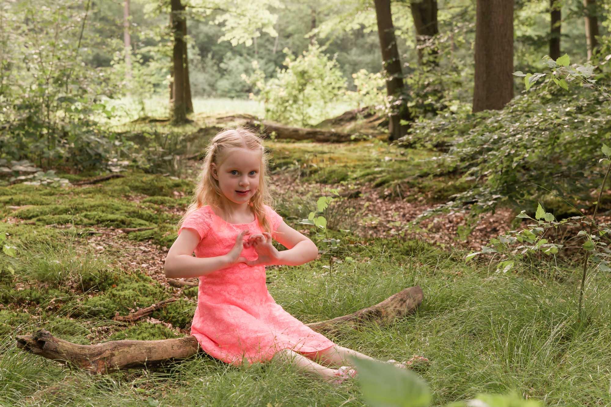 Kinder portretfotograaf in Amersfoort. Kinderportret door Mayra Fotografie. Kinder portret. Fotograaf Amersfoort. Fotograaf Nijkerk. Fotograaf Hoevelaken. Kinder fotoshoot