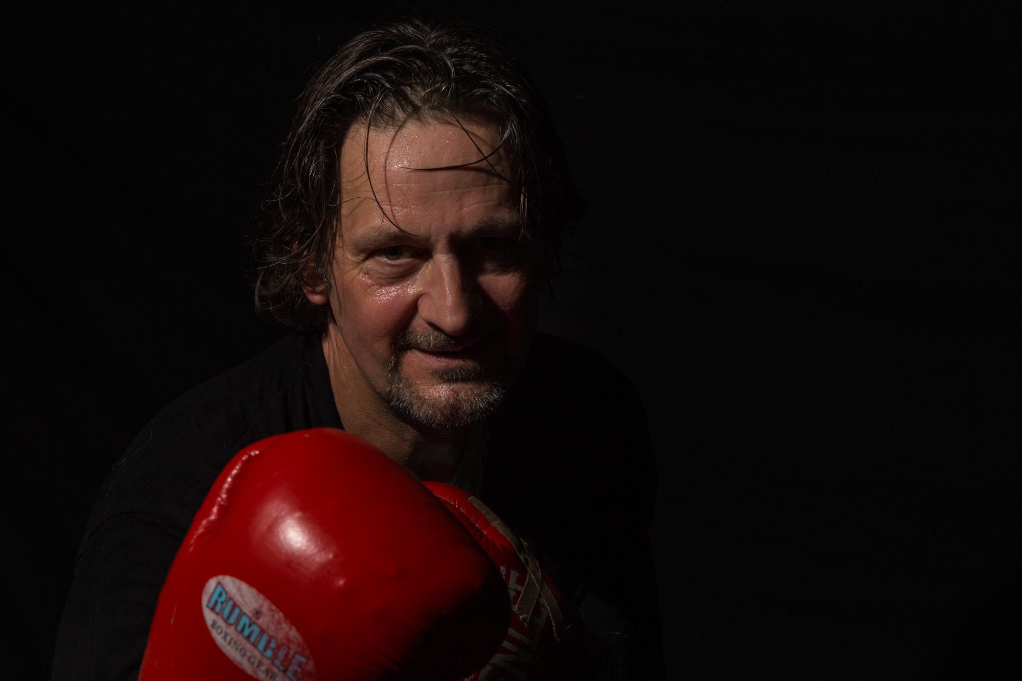 portret van bokser man door mayrafotografie voor branding