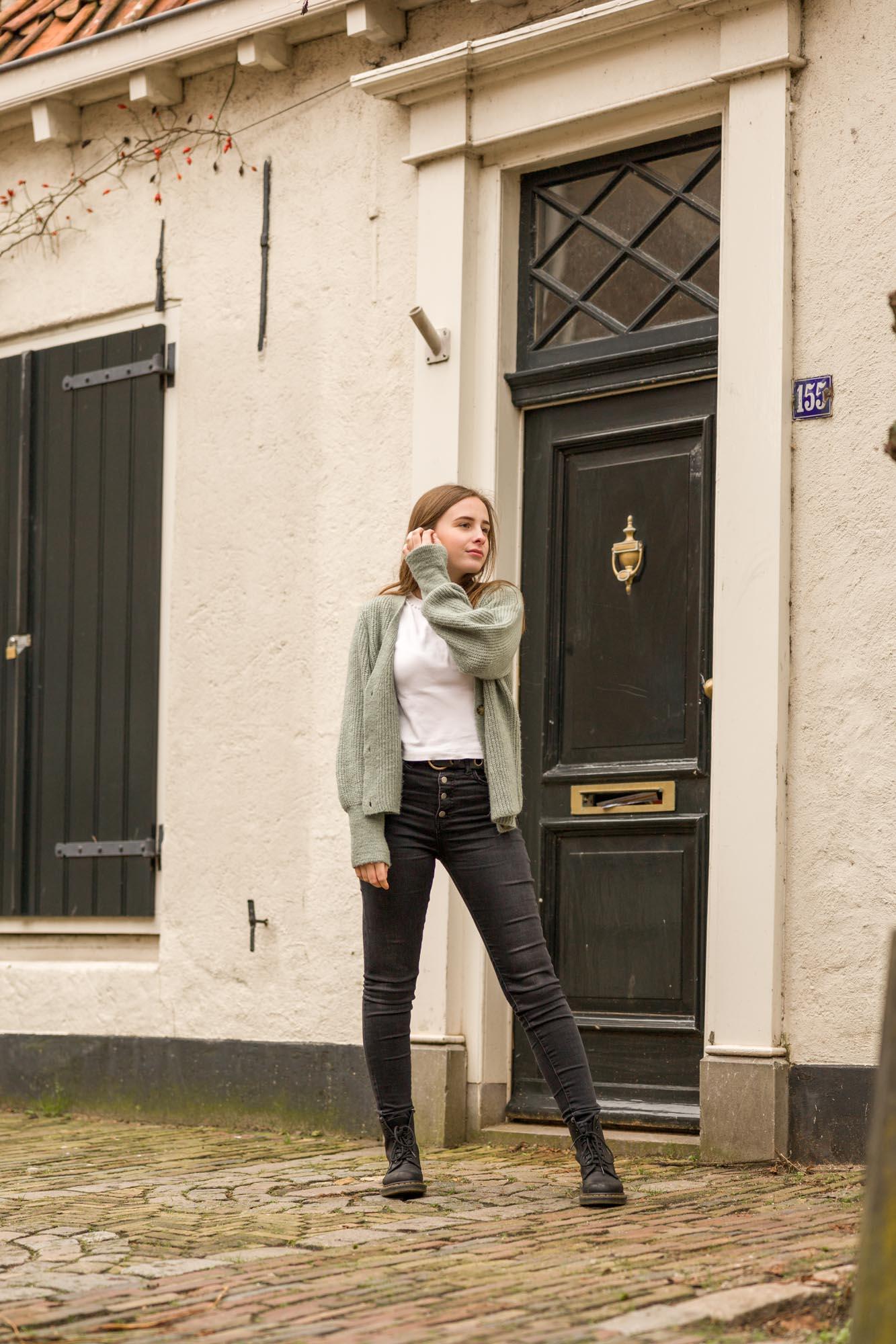 Tiener portretfotograaf in Amersfoort. Tienerportret door Mayra Fotografie.